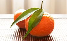 Free Tangerines In A Straw Napkin Stock Photography - 18071192