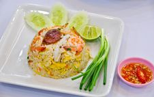 Free Fried Rice With Shrimp And Vegetable Stock Image - 18074111