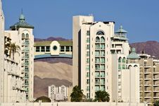 Free View On A Modern Building In Eilat, Israel Royalty Free Stock Photo - 18075125