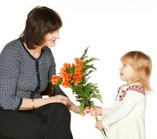 Free Granddaughter Presenting Bunch Of Flowers Royalty Free Stock Image - 18078896