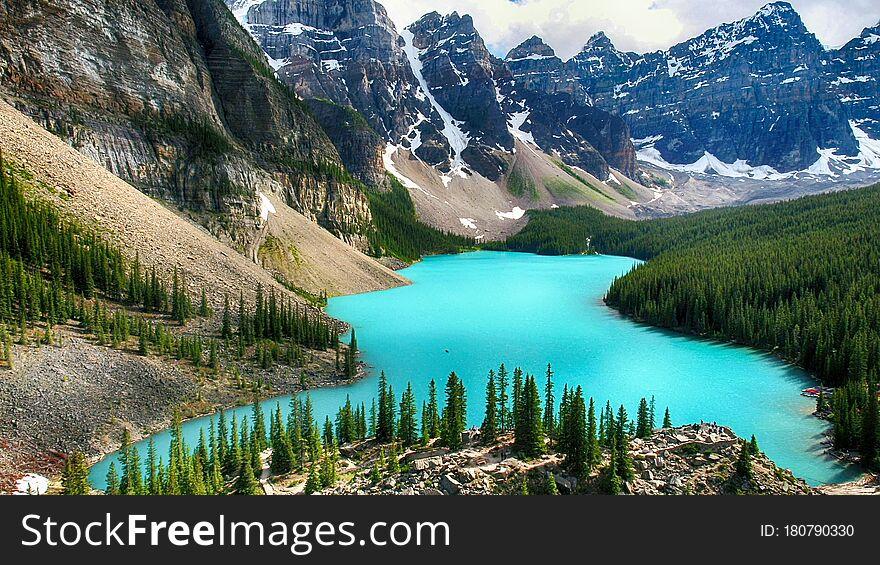 Moraine Lake, Valley of the Ten Peaks, Alberta, Canada, Banff National Park, Beautiful Landscape