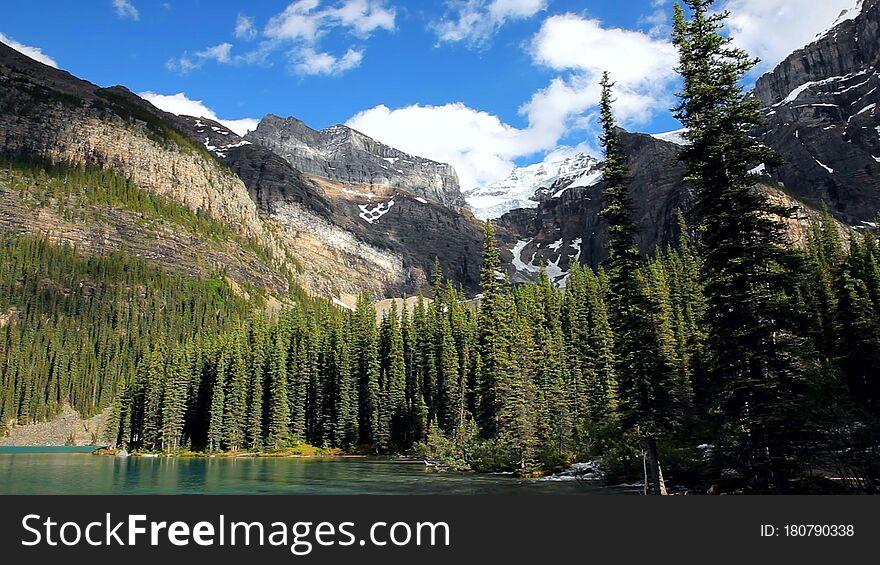 Moraine Lake, Valley of the Ten Peaks, Beautiful Landscape, Alberta, Canada, Banff National Park