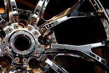 Free Metallic Tyre Disc Royalty Free Stock Photo - 18085225