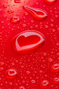 Free Heart Reflected In Drops Stock Image - 18087071