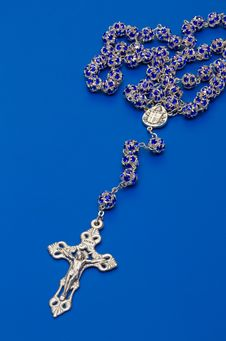 Free Rosary Beads From Glass With  Salver Cross Royalty Free Stock Image - 18088016