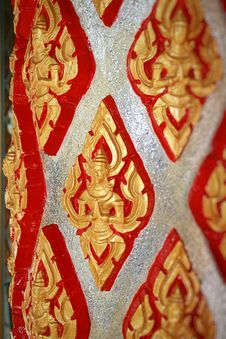Free Column In A Buddhist Temple Royalty Free Stock Image - 18095576