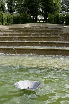 Free Water Feature Alnwick Garden Royalty Free Stock Images - 1812519