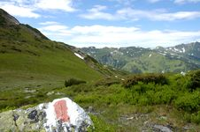 Free In The Mountains Royalty Free Stock Photos - 1816608