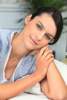 Free Young Beautiful Woman On A Sofa Royalty Free Stock Images - 18100089