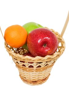 Free Wicker Basket With Apples Stock Photography - 18101032