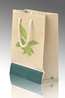 Free Concept Picture Of Recycle Paper Bag Royalty Free Stock Images - 18118639