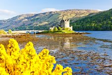 Free Eilean Donan Castle Royalty Free Stock Images - 18120399