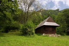 Free Traditional Slovakian Timber House Stock Image - 18120711