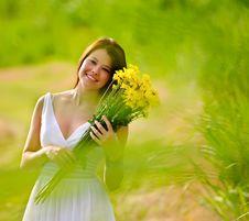 Free Carefree Spring Girl Royalty Free Stock Photos - 18122648