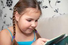 Free Little Girl Royalty Free Stock Photos - 18124718