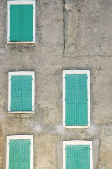 Free Closed Green Window Shutters Royalty Free Stock Photos - 18133448