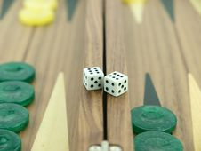 Free Backgammon Set With Dice Royalty Free Stock Photos - 18140068