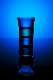Free Shot Glass Filled Wirh Green Liquid Stock Photos - 18141323