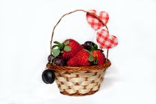 Free Fruit And Berries In A Basket Stock Images - 18145454