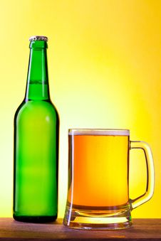 Free Bottle And Glass With Beer Stock Image - 18150581