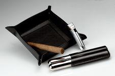 Free Smoking Cigars Stock Image - 18152491
