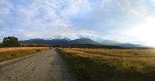 Free Road To The Mountains Stock Photos - 18158953