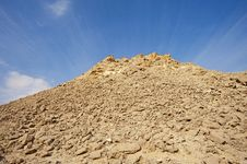 Free Rocky Hill In A Desert Royalty Free Stock Photography - 18161707