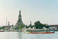 Free Bangkok Temple , Royalty Free Stock Photos - 18164068
