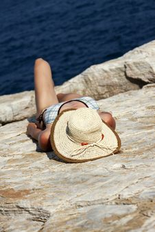 Free Woman With Hat Sunbathing Stock Photography - 18172462