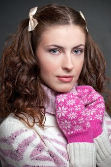 Free Girl In Sweater And Mittens Royalty Free Stock Image - 18174496