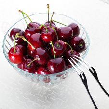 Free A Bowl Of Cherry Stock Photo - 18179160
