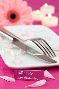 Place Setting With Flower Royalty Free Stock Images