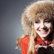 Free Young Beautiful Girl Rejoices To Snow Royalty Free Stock Image - 18183606