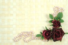 Free Roses And Pearls Stock Images - 18184634