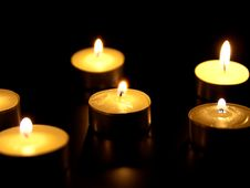 Free Candle Royalty Free Stock Photos - 18185728