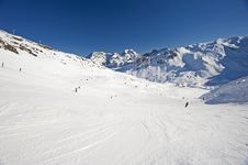 Free View Of A Ski Slope Royalty Free Stock Image - 18186466