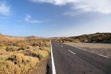 Free Road To El Teide. Stock Photo - 18191130