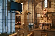 Free Modern Interior Of Cathedral Royalty Free Stock Images - 18191849