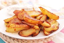Free Fried Potatoes Stock Photography - 18192302