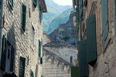 Free Street In Kotor Royalty Free Stock Images - 18193109
