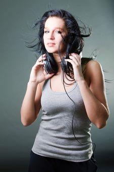 Free Girl Enjoys Music Royalty Free Stock Images - 18197459