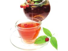 Free Fruit Pouring Red Tea With Raspberry Stock Photography - 18199912