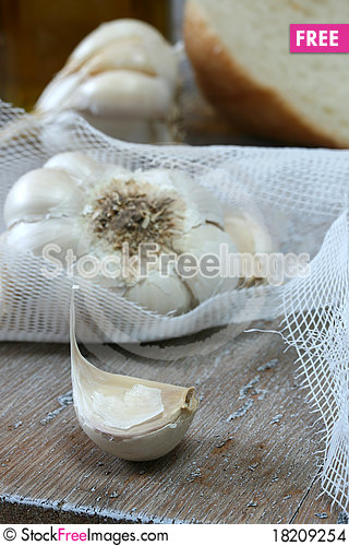 Free Focus On Garlic Clove Stock Images - 18209254