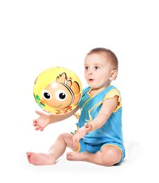 Free Baby Boy With Ball Royalty Free Stock Photo - 18201095