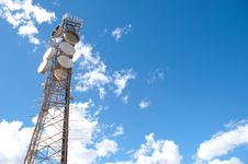 Free Microwave Tower Royalty Free Stock Image - 18202486