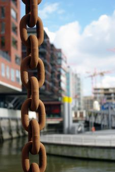 Free Rusty Chain Royalty Free Stock Images - 18204349