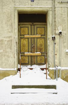 Snowed In Decayed Front Door Royalty Free Stock Photography