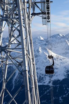 Free Cable-car In Alps Royalty Free Stock Photography - 18208667