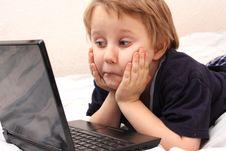 Free Little Boy On Laptop Royalty Free Stock Photos - 18208948