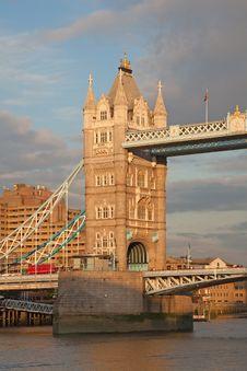 Free Tower Bridge Stock Photos - 18213253